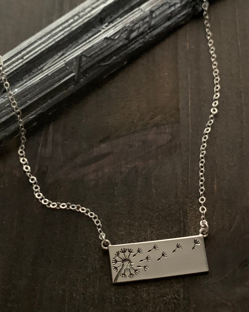 • DANDY BREEZE •  silver necklace