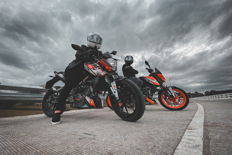Buy High-End Motorcycle Riding Gear & Ride without Fear
