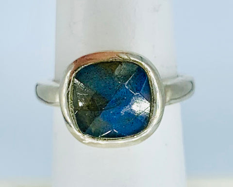 Sterling Ring With Faceted Labradorite Size 6