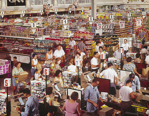 old photo of a crowded supermarket in 1964