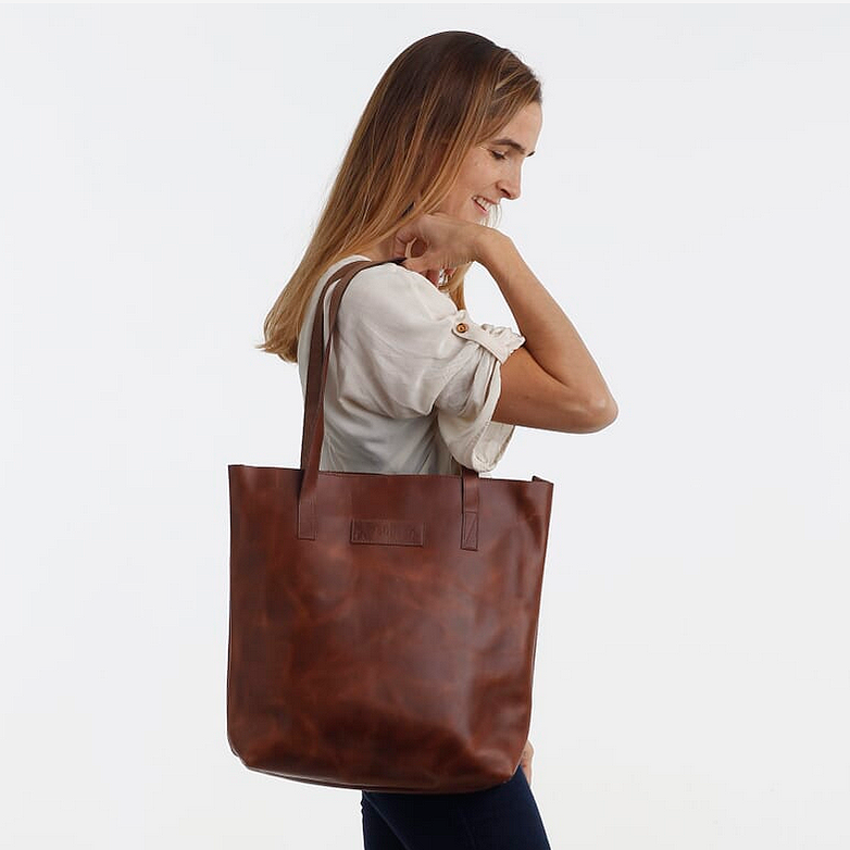 Leather Tote in Distressed Walnut