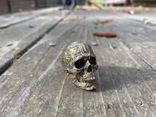 Load image into Gallery viewer, Bronze Tied Wind Skull Ring