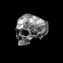 Load image into Gallery viewer, Japanese Garden Skull Ring Sterling Silver
