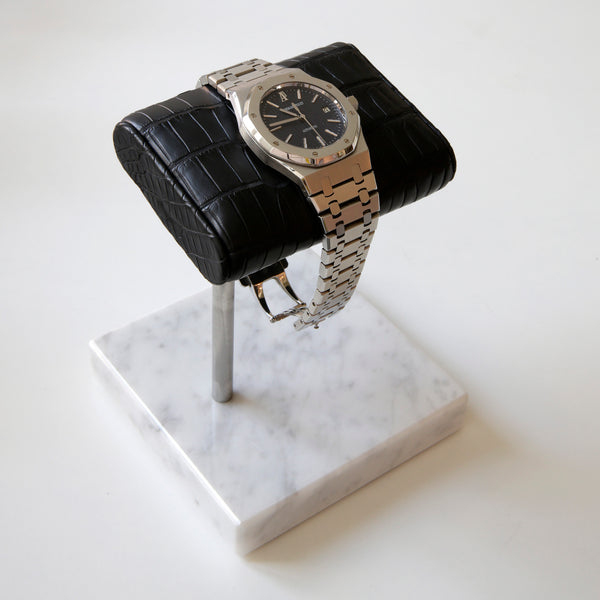The Watch Stand - Silver - Black Alligator