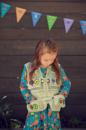 Wonder Club Explorer Adventure Vest & Merit Patches