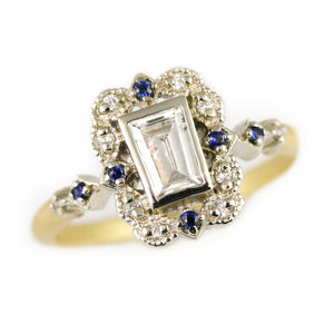 Two Tone Ribbon Frame Diamond Ring