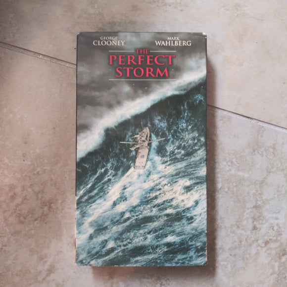 VHS Tape - The Perfect Storm George Clooney Mark Wahlberg