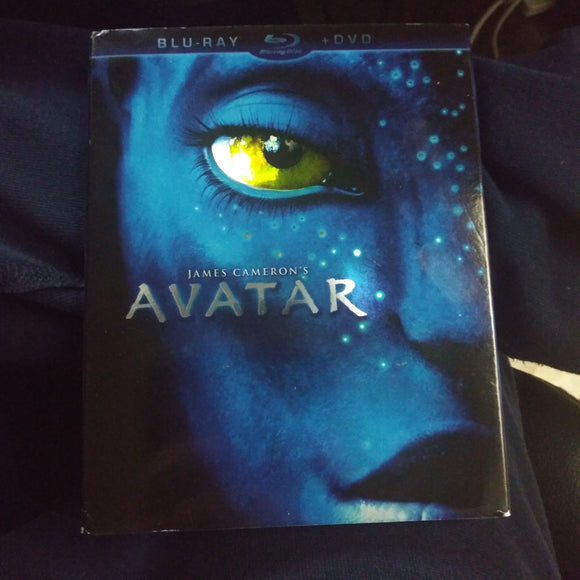 Avatar Blu-Ray and DVD 2 Disc set with slipcover