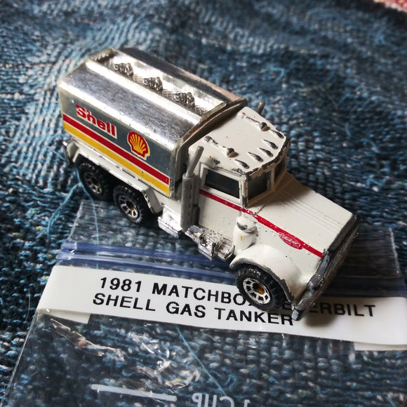 1981 Matchbox Peterbilt Shell Oil Gas Tanker Truck