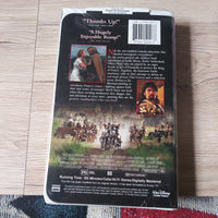 Walt Disney The Three Musketeers Clamshell VHS Tape - Kiefer Sutherland - Charlie Sheen