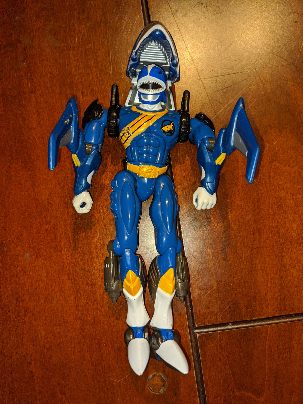 2001 Bandai Power Rangers WILD FORCE Blue Ranger Shark Action Figure