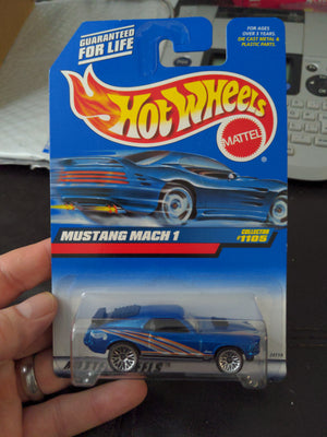 1998 Hot Wheels #1105 Blue Mustang Mach 1 Sealed Car