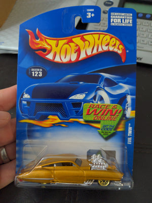 2002 Hot Wheels #123 Evil Twin Gold Sealed Car