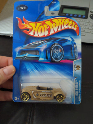 2004 Hot Wheels #179 Roll Patrol Hyundai Spyder Concept Police Car Sealed