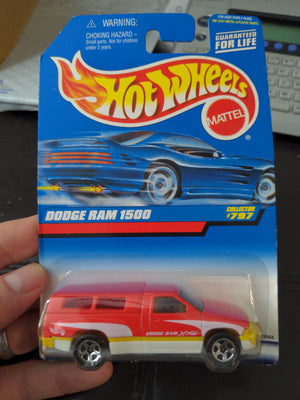 1997 Hot Wheels #797 Dodge Ram 1500 Sealed Car