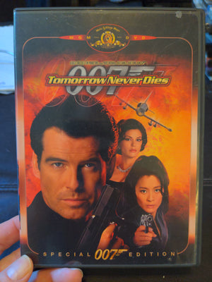 007 Tomorrow Never Dies Special Edition DVD - Pierce Brosnan - Teri Hatcher - Michelle Yeoh