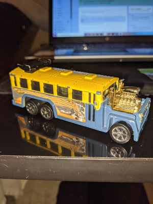 2000 Mattel Hot Wheels Haulers Dragster Bus