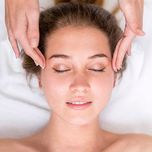 Quick Ayurvedic Face Lift Massage