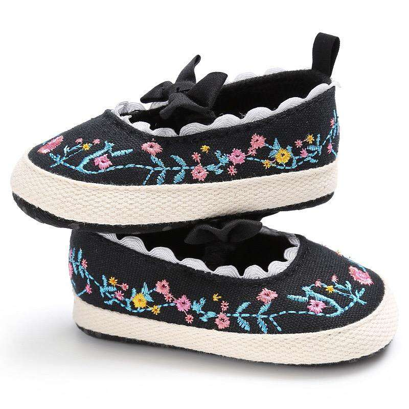 Baby girls shoes | Heccei