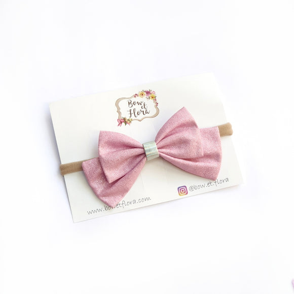 Isla Bow in Pink