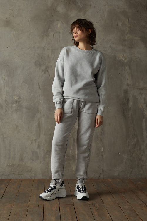 Women's 530 Washed Grey Sweatshirt