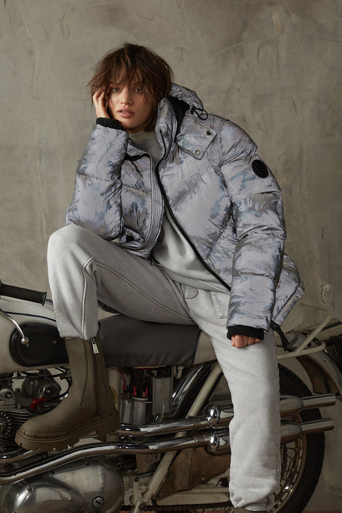 Women's Reflective Puffer - Forward Facing | Vanquish | BODA SKINS