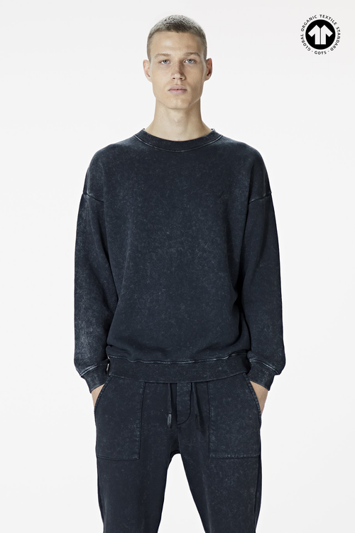 Men's 530 Washed Black Sweatshirt