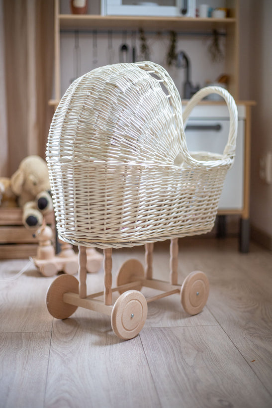 Wicker Prams / Strollers & Accessories