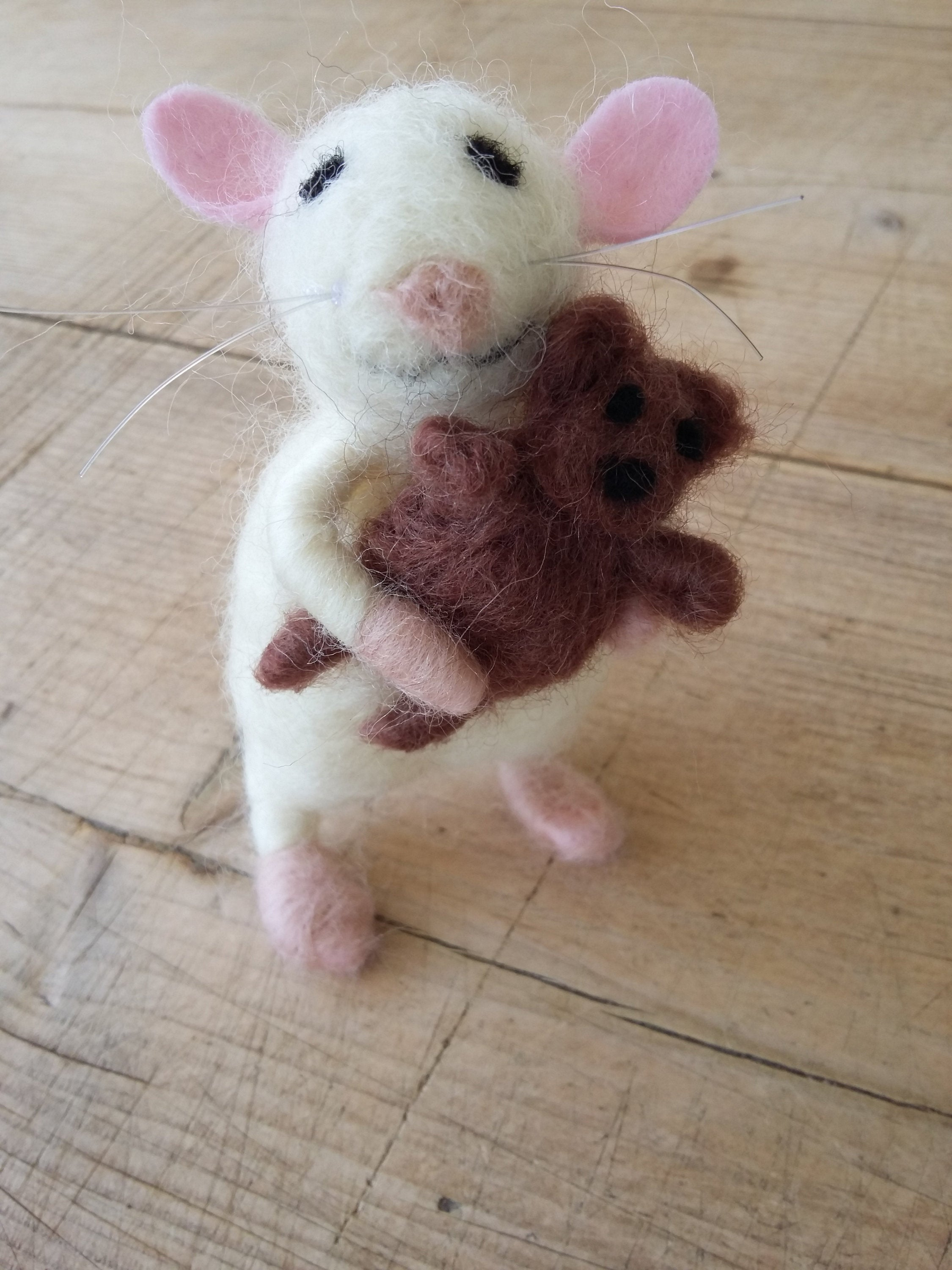 Collectible mouse. Mouse miniature. Felt mouse. Felted mouse. Baby mouse. Handmade mouse. Merino mouse. Dollhouse mouse. Miniature mouse.