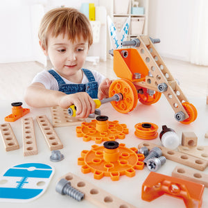 Hape Deluxe Experiment Kit