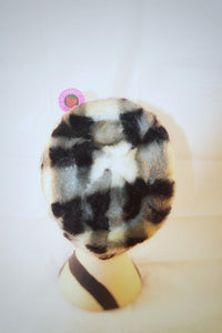 1970s Checked hat |  Winter hat | Black and white hat
