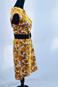 1960s flower power dress, in orange and brown, 60s retro patterned dress, XL size