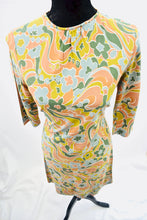 1960s Floral dress | Casual day dress |  Funky print dress | Est UK size 8/10