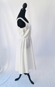 1980s white dress | Plunge back dress | Sleeveless dress | Est uk size 10