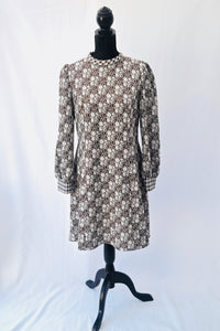 1970s Brown and white shift dress | Long sleeve dress | Dogtooth dress | Est UK size 14/16