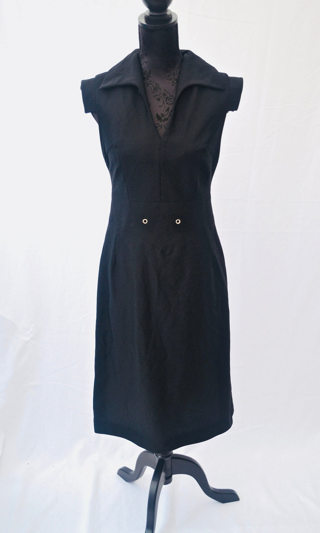 1970s fitted black dress with collar by Kessi Kleider Est UK size 8
