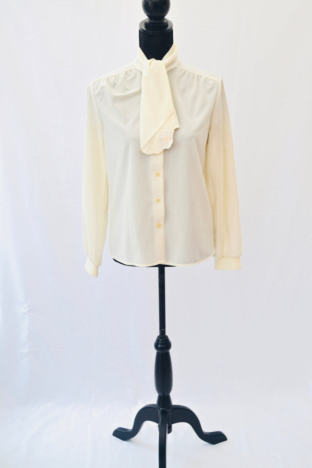 1990s Cream long sleeve blouse | Ladies shirt with neck tie | Formal top | Est UK size 10/12