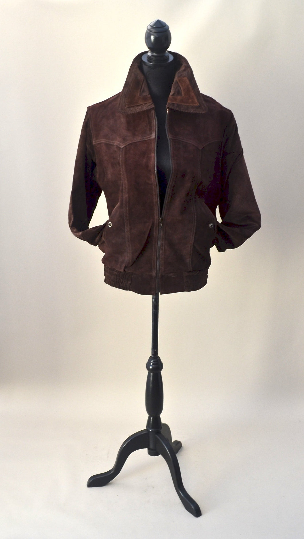 1970s Brown suede bomber style jacket with oversized colour. Est Mens size S/M, UK ladies size 10/12