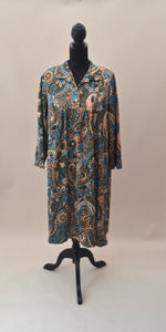 1970s Paisley floral day dress with collar, Est UK size 14