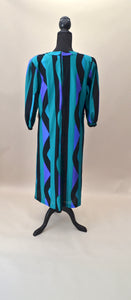 1970s Bold green, black and blue print dress with long sleeves, Est UK size 12/14