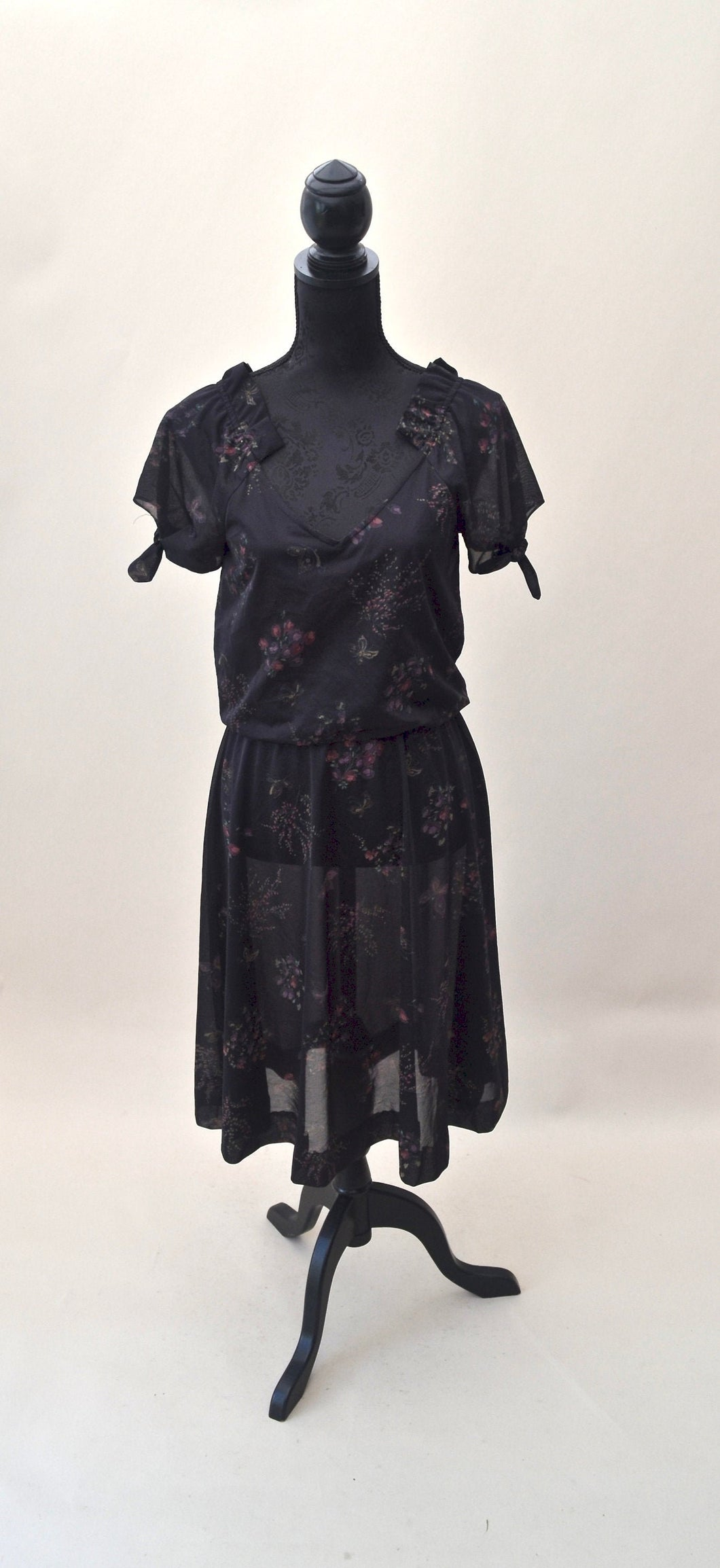 1980s Dark brown dress | Floral V neck dress | Short sleeve dress | Est UK size 12