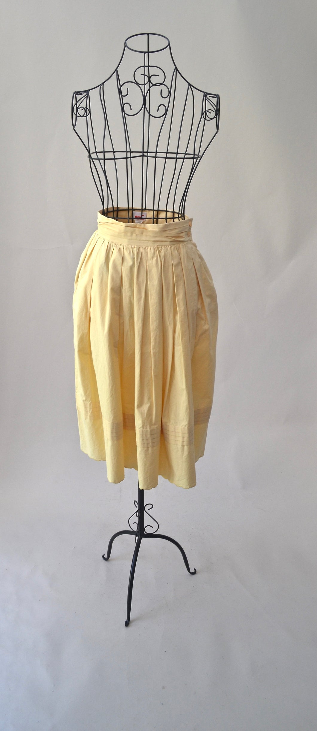 1980s Yellow Mondi skirt with pockets | Ladies casual pastel skirt | Est UK size 6