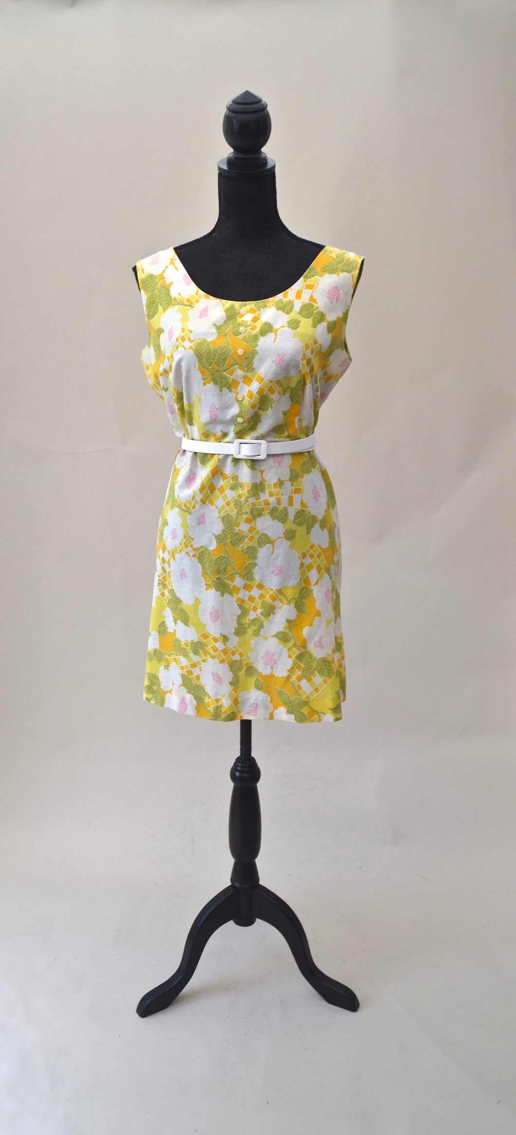 1960s floral shift dress | Yellows and green dress | Flower patterned midi dress | Est UK size 14
