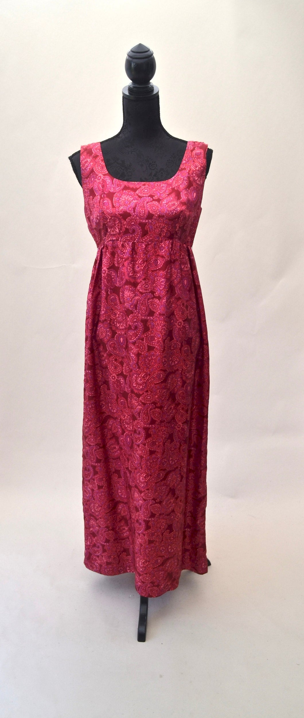 1970s long paisley patterned maxi dress in pinks | Est UK size 8/10