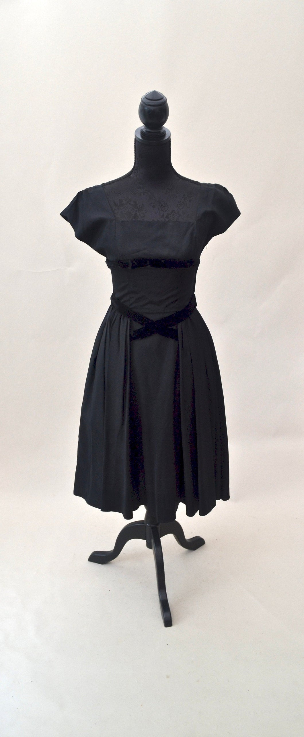 1950s Black cocktail dress | Square neck evening wear | Est UK size 8