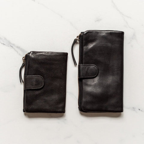 JuJu + Co - Large Capri Wallet | Black