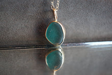 Load image into Gallery viewer, Gold Seaglass Necklace
