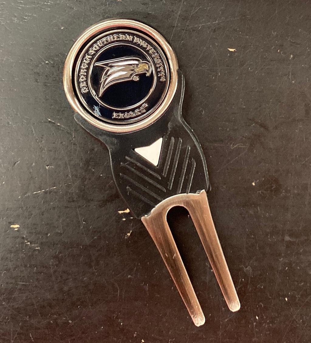 Signature Divot Tool and Ball Marker