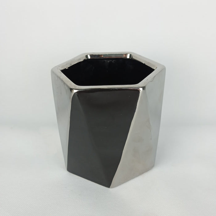Ceramic Black & Silver Pot (M)