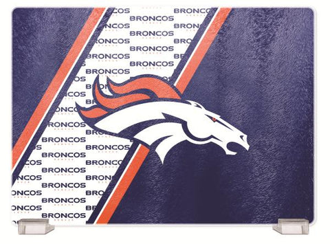 DENVER BRONCOS TEMPERED GLASS CUTTING BOARD